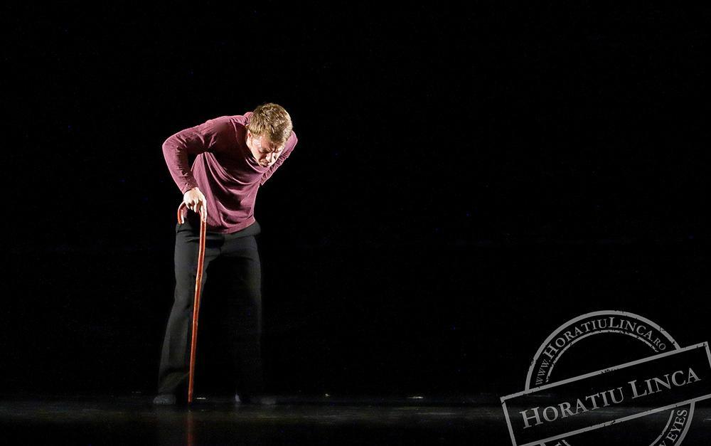 teatru – necuvinte – 07 Toni Dumitrescu copyright Horatiu Linca