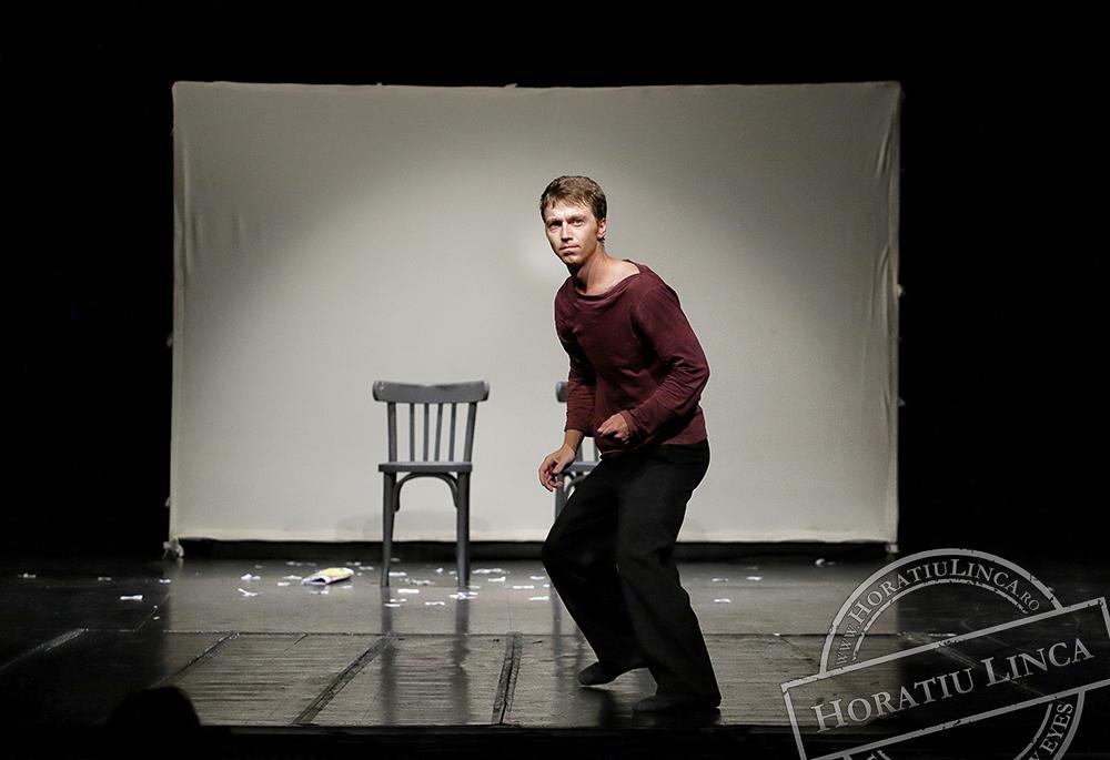 teatru – necuvinte – 19 Toni Dumitrescu copyright Horatiu Linca